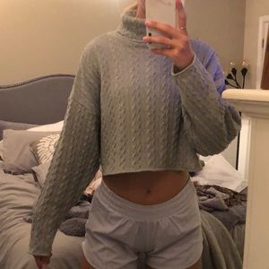 Lulu's Down To Earth Heather Grey Cropped Sweater